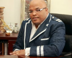 Dr Michael L Mosley